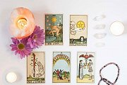 CARD READING EVERY DAY