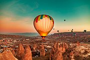 Hot air balloon ideal for proposal or family gateway