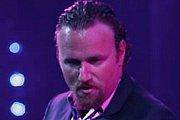 Antony Bernoty chante live a Paris du Gout tous les Mardis soirs