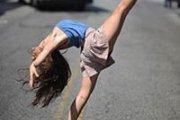BREATHE YOUR WAY INTO DANCE / YALDA YOUNES