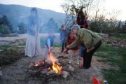 NEOS KIDS - Feu de Camps et Feux d'artifice en montagne!