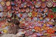 The Migrant Communities' Handicrafts Market