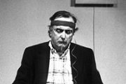 Alvin Lucier: Concert by Hauke Harder
