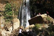 Hiking at Kfarhilda with DALE CORAZON - LEBANON EXPLORERS
