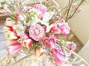 Floral arrangement class: the bouquet