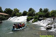 Rafting Al Assi with Vamos Todos