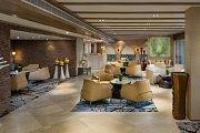 Le Salon Lounge at Kempinski Summerland