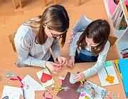 Kids Crafting at Glamour Spirit