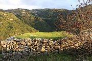 Hiking Karm Al Mohor / Izal with Donnieh Trail